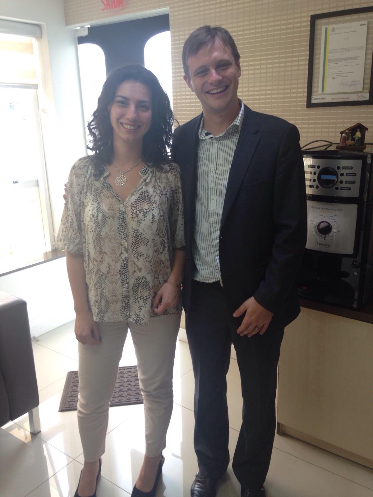Giovanna Paola Girardi e o Diretor Tiago Pisetta